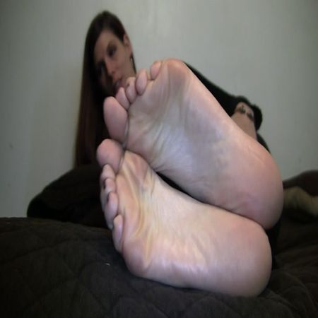 Jody's Size 10.5 Candid Stinky Soles Part 14