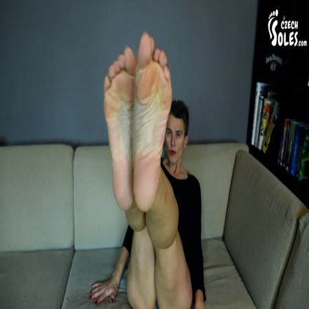 Czech Soles - Black Pantyhose And Bare Mature Soles Of Mitzi