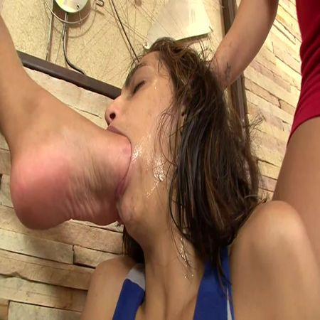 BRAZIL FEET - Fefe's First Foot Gagging 3