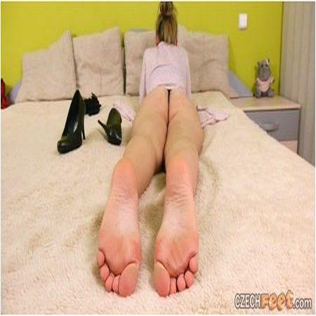 Czech Feet - 12/25/2016 Hana U. - Bare feet & Shoes