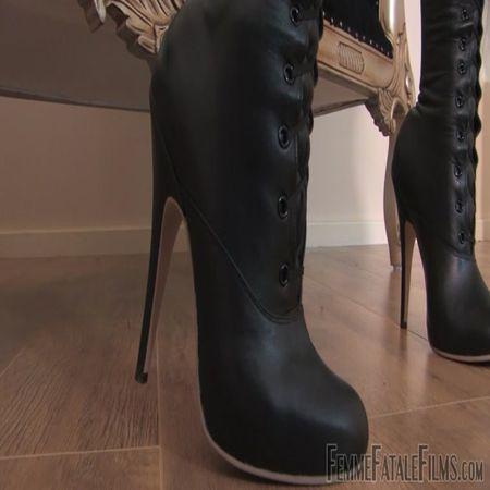 Femme Fatale Films - Mistress Eleise de Lacy - Boot Spunk