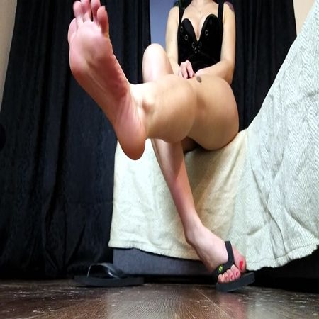 Moneygoddessscc - Ignored - Slippers fetish