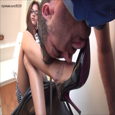 Footdominas - EVIKE - Hiring Day - Shoe Worship And Humiliation PART 1