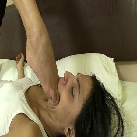 BRAZIL FEET - Mistress Janayna - Janayna's First Foot Domination part 4