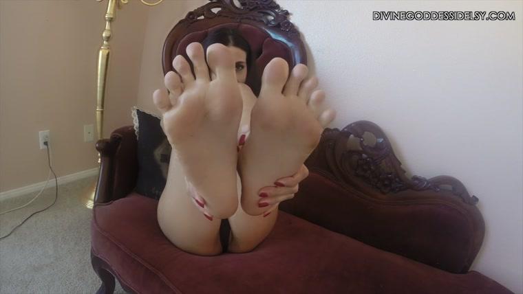 Sniff Stinky Nylon Feet