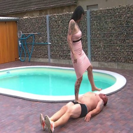 Lady Vampira - Humiliation at the Pool
