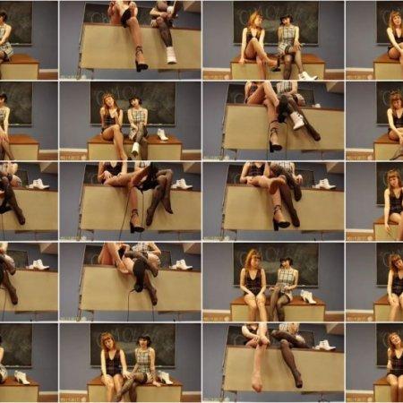 Molly Snacks - Shoe Dangle Nylons JOI
