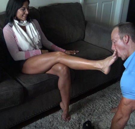 Goddess Zephy – Foot hypnotism