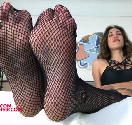 Lindsey Leigh - dominated by my fishnets