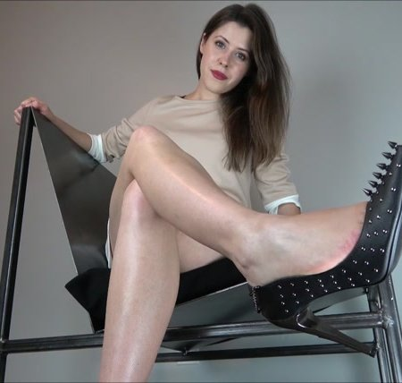 Miss Melissa - Welcome My New Dangerous Pumps
