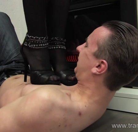 Demanding trample mistress Lisa