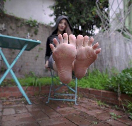 Stella Liberty - Sandal Bitch