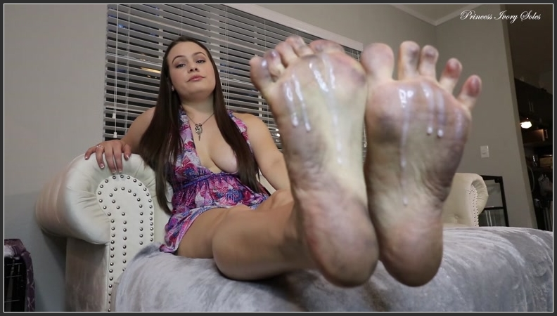 Foot fetish Dirty Feet Treat (Princess Ivory) porn video download