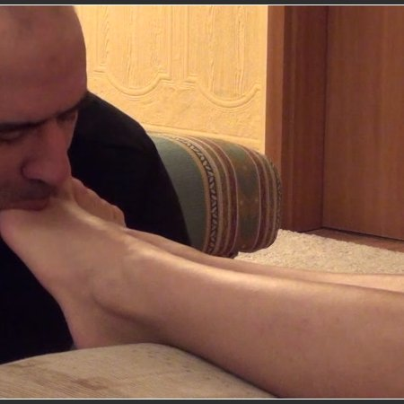 Lady Gabriella - Tune in - Toe Worship