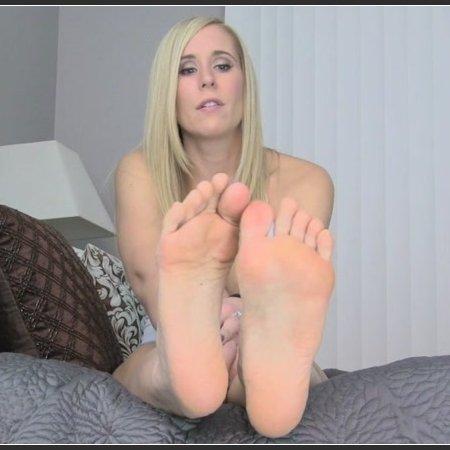Princess Lyne - Dehumanized Foot bitch