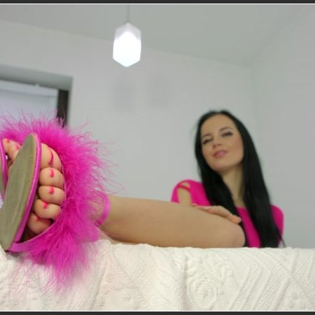 Lick Flats And Feet Of Pink Eliza (Polish Mistress)