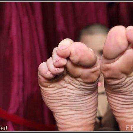 California Beach Feet - Set 20190515