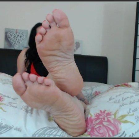 My Feet Own Your Orgasm (Amy Wynters)