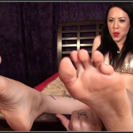 Lydia Supremacy Erotic foot worship (Pleasures of the Sole)