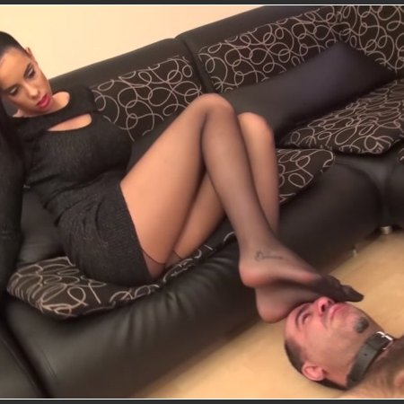 Fashion Show Effects - HARD Foot Domination And Footsmothering In Pantyhose (REA)
