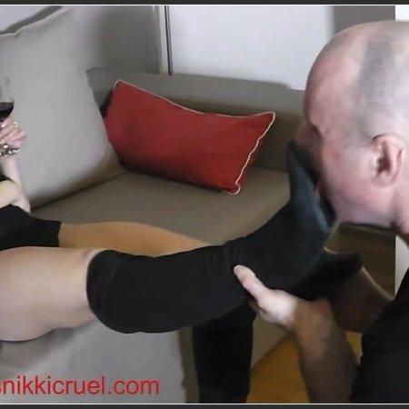 First shoe licker (Princess Nikki Cruel)