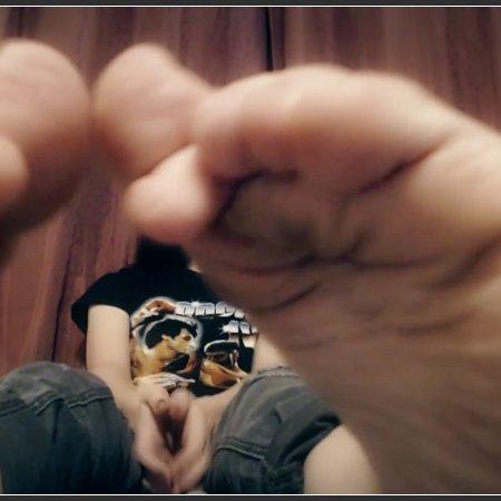 Glasses and Feet (Jicky J)
