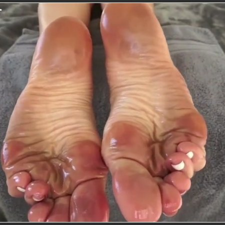 Stella Liberty and your perfect oily dirty feet soles (Only Girl Feet)