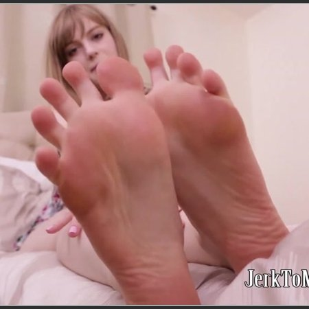 Dolly Leigh - My little toes miss you (Foot Play)