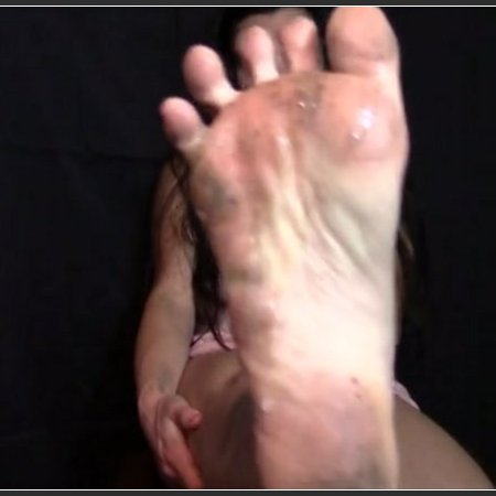 Clean My Dirty Feet Bitch!! (Spoiled Bianca)