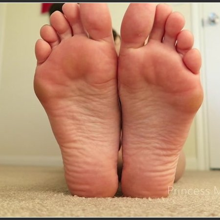 Sneak Away Foot Worship (Princess Mackayla)