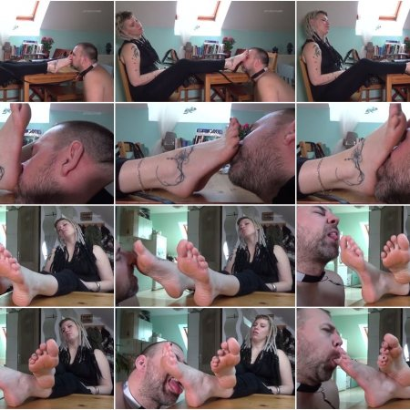 Lady Cruella's games - Female supremacy - Worship my sweaty feet