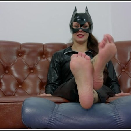 Cat Woman Wants You To Lick Her Feet (POV Paulina)