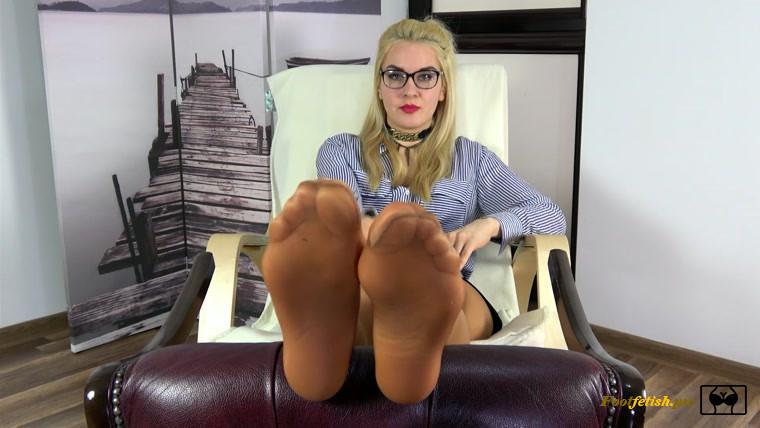 lick teacher foot toes
