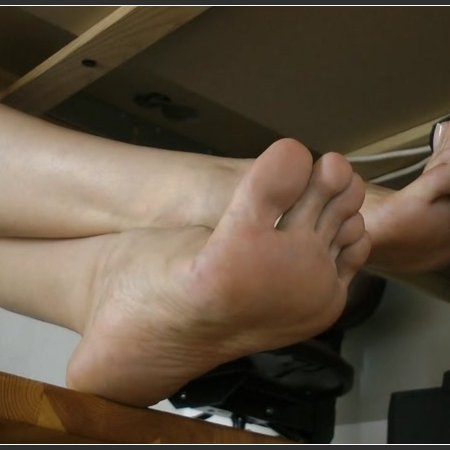 Foot Sweat Sucking Bitch