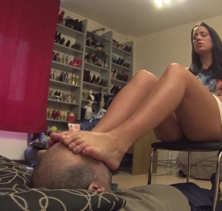 VALENTINA - Never Enough - Foot Worship And Domination