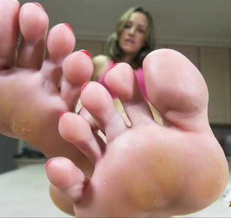 Bratty Foot Girls - Cum for Mandy's Soles, Loser