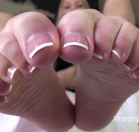 Princess Rene - Stroke For My Pretty French Pedi