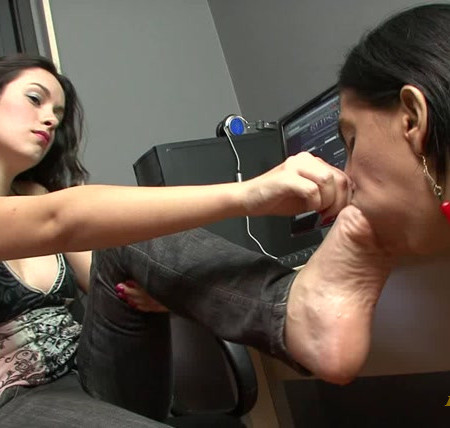 BRAZIL FEET - Catarina's Perfect Control