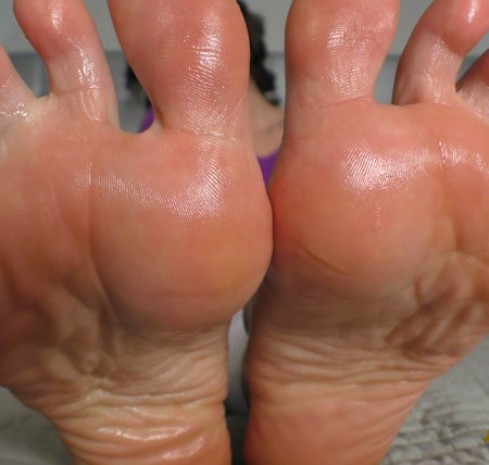 Janira Wolfe - Thrice in 15 Minutes for My 4K Perfect Feet 4K