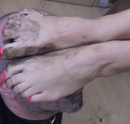 FOXY FOOT BRATS -REA - Play Dirty - Lick The Mud From My Feet! - EXTREME Dirty Feet Worship And Domination
