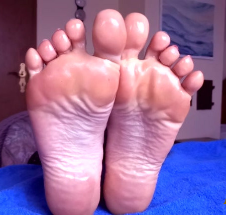 OILY FEET ON YOUR FACE