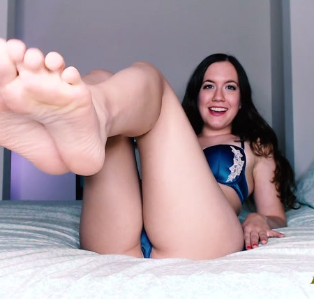 Natasha's Bedroom - barefeet fixation