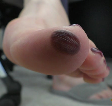 The Wolfe Sole Experience - Suck on Mommy's Messed Up Toe