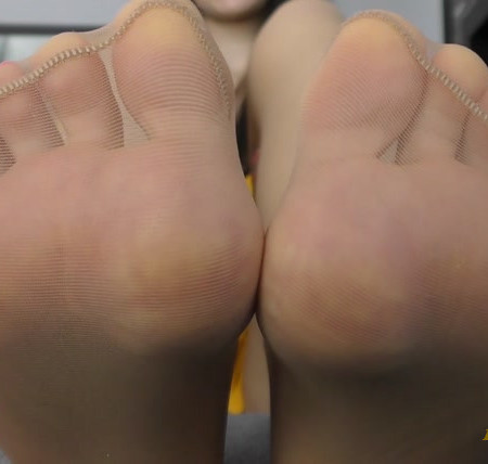 Janet Mason Feet Worship
