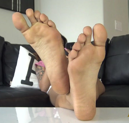 The Foot Fantasy - BRATTY MANDY SOLES IGNORE