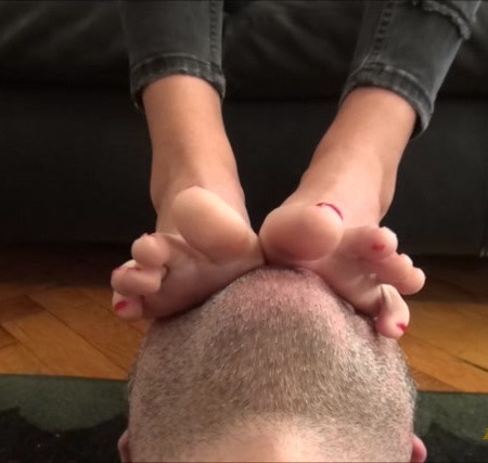 ARIEL - Hard Rock - Foot Worship, Face As A Footstool And Footmassage On Face