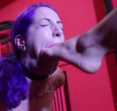 Mistress Iside - FOOT GAGGING SHOCK