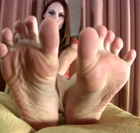 Bratty Foot Girls - Goddess Jolene Valkyrie - Addicted to your goddess