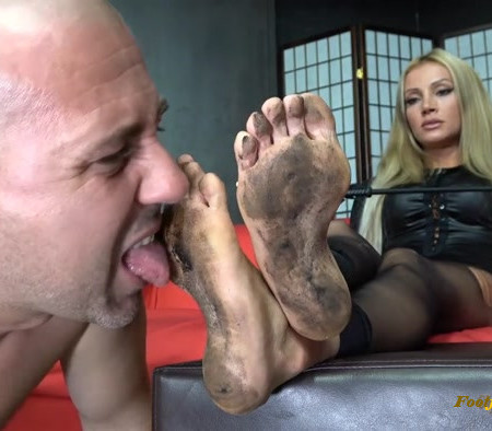 Lady Tаtjana - The Shooting Gone Bad Clean My Very Dirty Feet