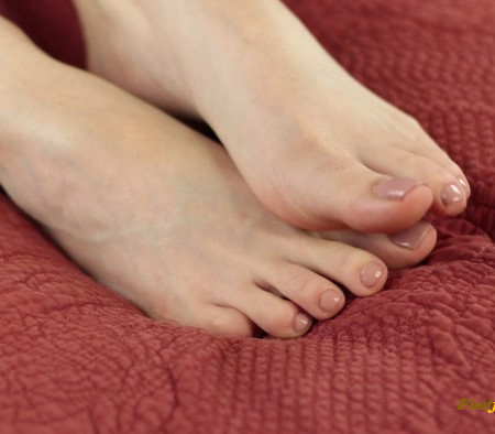 Liv Royale - Foot Fetish Humiliation + Ruined Orgasm